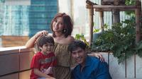 Meski belum menjadi pasangan suami istri, namun nyatanya El Barack Alexander, putra dari Jessica Iskandar sudah menganggap Richard Kyle sebagai ayahnya. (Liputan6.com/IG/@richo_kyle)