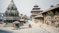 Corona Covid-19 melanda Nepal lagi hingga membuat Gunung Everest sepi pendaki (Dok.Unsplash/ Shaouraav Shreshtha)