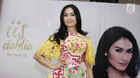 """Penyanyi dangdut Iis Dahlia saat launching album yang bertajuk """"The Best Of Iis Dahlia"""" di kawasan Kemang, Jakarta, Rabu (19/07). (Liputan6.com/Herman Zakharia)"""