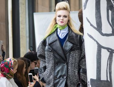 Elle Fanning di Paris Fashion Week