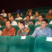 Hadir juga Gubernur DKI Jakarta, Basuki Tjahaja Purnama turut serta nonton bareng film 'Talak 3'.  (Desmond Manullang/Bintang.com)