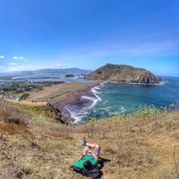 Pantai Payangan, Jember, Jawa Timur. (bendottetapsemangat/Instagram)