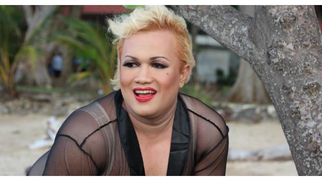 Walaupun mengidolakan Marilyn Monroe, Tata Liem malah bingung ditanya lebih lanjut tentang idolanya tersebut.
