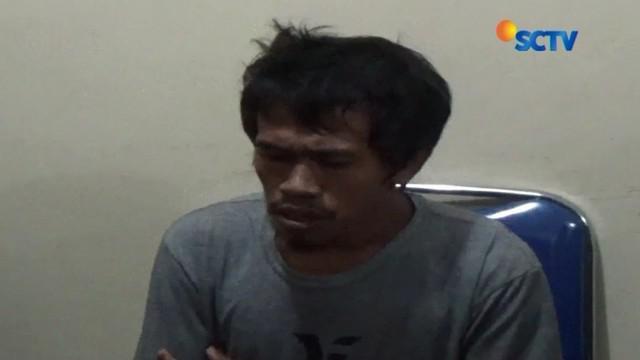 Polisi terus mendalami alasan ayah yang diduga menganiaya putranya sendiri, di Kabupaten Gowa, Sulawesi Selatan. Sang ayah kesal lantaran putranya tak terlalu melekat kepada dirinya.