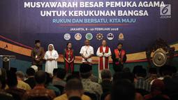 Pembukaan acara Musyawarah Besar Pemuka Agama untuk Kerukunan Bangsa di Jakarta, Kamis (8/2). Acara ini mengabil tema 'Rukun dan Bersatu, Kita Maju'. (Liputan6.com/Arya Manggala)