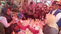 Pantauan pasar di Cilegon (Foto:Liputan6.com/Yandhi Delastama)