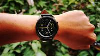 Smartwatch - Samsung Galaxy Watch 3. Liputan6.com/Mochamad Wahyu Hidayat