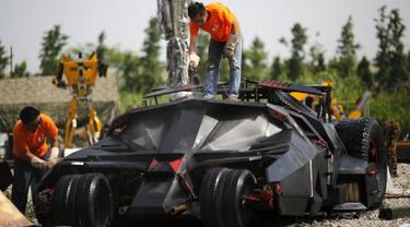 20150902-Mobil-Batman-Cina
