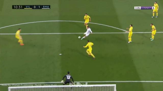 Berita video gerakan menipu Gareth Bale yang menawan menghasilkan gol untuk Real Madrid saat menghadapi Villarreal. This video presented by BallBall.