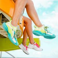 Intip koleksi sneakers terbaru Reebok yang menggunakan warna neon (Foto: instagram/reebok)