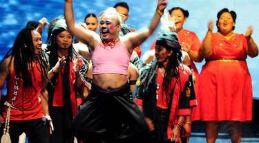 Penampilan Shaquilla dan Gimbal di episode semifinal mendapat apresiasi paling tinggi dari peserta lainnya. (Liputan6.com/Andrian M Tunay)