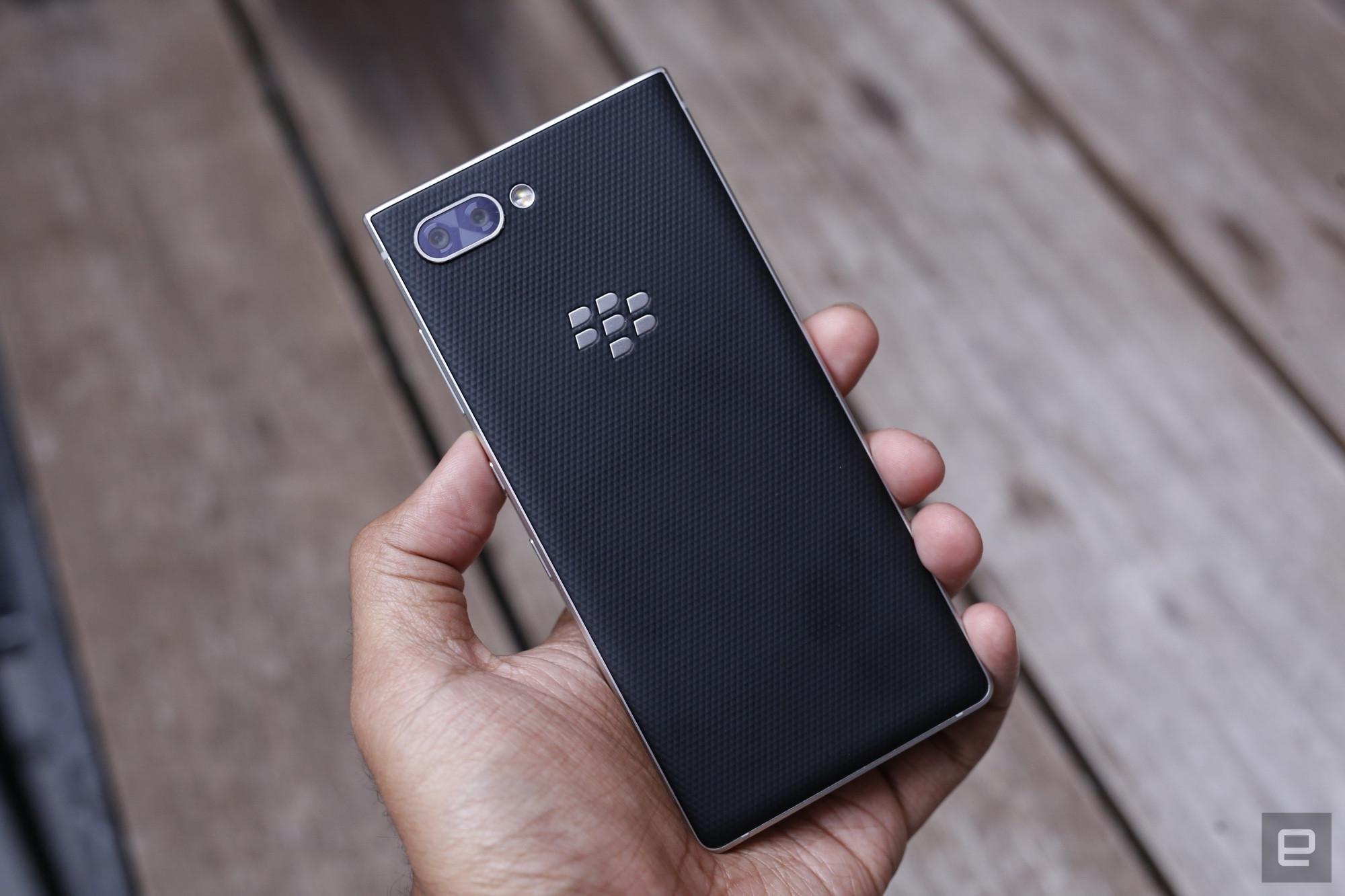 Lebih Dekat Dengan BlackBerry Key2 Punya Kamera Ganda Dan