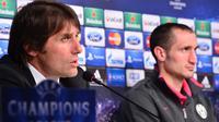Antonio Conte dan Giorgio Chiellini saat masih bekerja sama di Juventus. (GIUSEPPE CACACE / AFP)