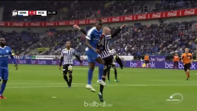Mbwana Samatta mencetak dua gol untuk membawa Genk meraih kemenangan telak dengan skor 4-1 atas Sporting Charleroi di laga Liga Be...