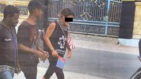 Salah seorang WNA asal Australia diduga mengikuti aksi unjuk rasa dan pengibaran bendera bintang kejora di Kota Sorong. (Isitmewa)