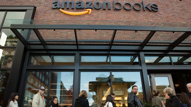 20151103-Perdana, Amazon Buka Toko Buku Fisik di Seattle-Amerika