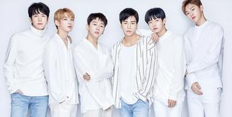 JBJ merupakan salah satu peserta dalam ajang survival show Produce 101 Season 2. Mimpi mereka hanya ingin melakukan debut dan beraksi di atas panggung. (Foto: Soompi.com)