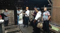 Bayi baru lahir ditemukan tewas di kolong tempat tidur dekat kandang kambing di sebuah rumah di Dusun Nguter, Desa Botoreco, Kecamatan Kunduran, Kabupaten Blora, Jawa Tengah, Senin (3/2/2020). (Liputan6.com/ Ahmad Adirin)