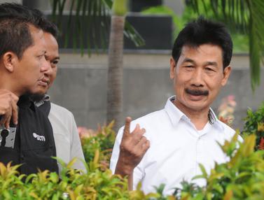 KPK Periksa Bupati Solok Selatan Muzni Zakaria Terkait Dugaan Korupsi