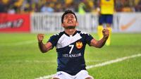 Penampilan ciamik Andik Vermansah bersama Selangor FA di musim 2015 membuat suporter The Red Giants menyerukan agar manajemen manajemen klub menggaet pemain Indonesia lainnya. (Facebook)