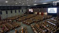 Suasana Sidang Paripurna di Gedung Nusantara II, Kompleks Parlemen, Senayan, Jakarta, Rabu (14/2). Penundaan pelantikan pimpinan baru DPR asal PDIP karena belum ada penomoran tentang hasil revisi UU MD3. (Liputan6.com/JohanTallo)