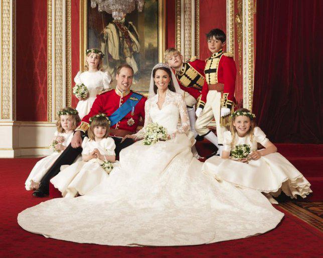 Gaun pernikahan Kate Middleton. Credit: via ibtimes.co.uk