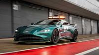 Aston Martin Vantage, jadi salah satu safety car yang digunakan pada musim balap 2021