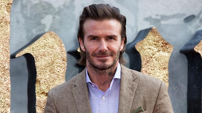 Mantan kapten Timnas Inggris, David Beckham. (Photo by Grant Pollard/Invision/AP)#source%3Dgooglier%2Ecom#https%3A%2F%2Fgooglier%2Ecom%2Fpage%2F%2F10000