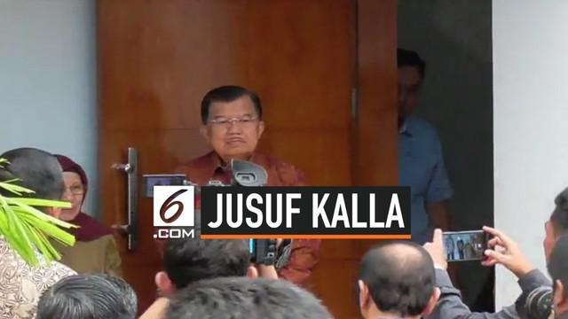 Wakil Presiden Jusuf Kalla menyempatkan diri menjenguk Dewan Pengarah Badan Pembinaan Ideologi Pancasila (BPIP) Syafii Maarif di sela-sela kunjungan kerjanya ke Yogyakarta, Kamis (15/8/2019).