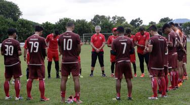Latihan Perdana Ivan Kolev Bersama Persija Jakarta