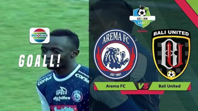 Makan Konate mencetak satu gol saat Arema FC mengalahkan Bali United dengan skor 3-1 dalam lanjutan Gojek Liga 1 2018 bersama Bukalapak di Stadion Kanjuruhan, Malang, Sabtu (20/10/2018)