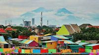 Tak hanya di luar negeri, di Indonesia khususnya di Jawa Timur juga punya kampung warna-warni yang indah. (Sumber: Instagram/@exploresurabaya)