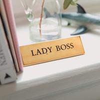 Busana Kerja untuk tampil seperti bos (Photo by Marten Bjork on Unsplash)
