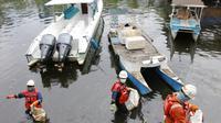 Terjadi tumpahan minyak di pesisir Pantai Makassar, Sulawesi Selatan. Dok Pertamina