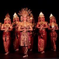 """""""Seloka Swarnadwipa"""" jadi persembahan Komunitas Perempuan Menari untuk menginspirasi masyarakat agar mencintai budaya Indonesia. (dok. Galeri Indonesia Kaya)"""