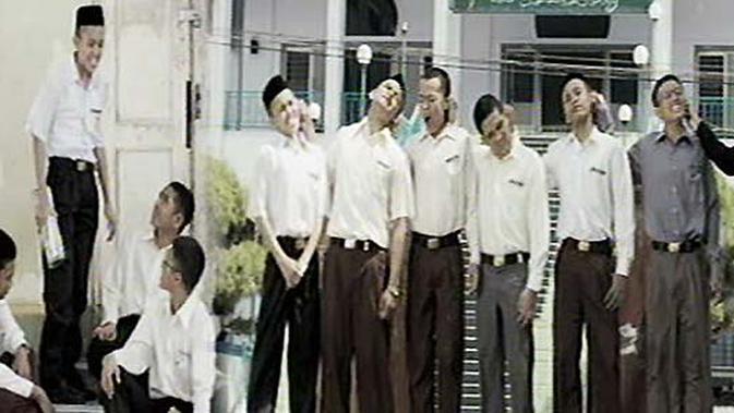 Film Negeri 5 Menara Tayang Perdana di SCTV - Video ...