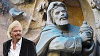 Foto sosok patung kuno yang mirip dengan sosok biliuner Sir Richard Branson (Zachary Culpin/Solent News/AP)