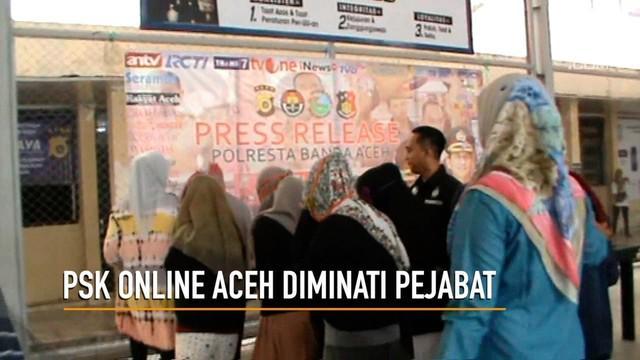 Tersangka muncikari PSK online membuat pengakuan mengejutkan. Ternyata pelanggannya banyak dari kalangan pejabat.