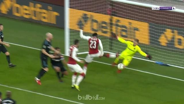 Berita video highlights Piala Liga Inggris 2017-2018, Arsenal vs West Ham United, dengan skor 1-0. This video presented by BallBall.