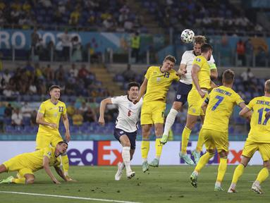 Keempat gol Timnas Inggris dicatat oleh Harry Kane yang mencetak dua gol, Harry Maguire, dan pemain pengganti, Jordan Henderson. (Foto: AP/Pool/Lars Baron)