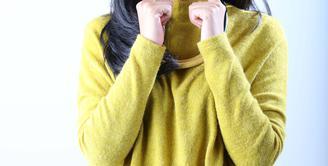 Yura Yunita memiliki kecintaan pada musik yang merupakan bekal baginya untuk berkarier di industri musik. Sebagai penyanyi yang terhitung baru solois kelahiran Bandung ini telah menghadapi berbagai tantangan (Febio Hernanto/Bintang.com)