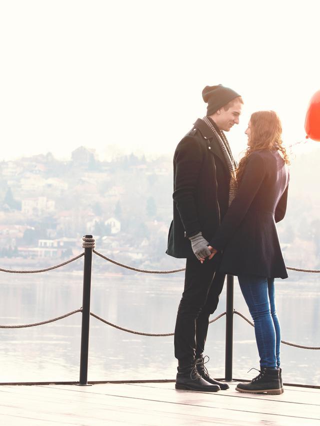 Ini 7 Makna Ciuman Kening Dari Si Dia Health Liputan6 Com