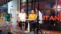 Ketua Yayasan Lembaga Konsumen Indonesia Tulus Abadi bicara tentang kenaikan iuran BPJS Kesehatan di Kantor Kapan Lagi Youniverse, Jakarta pada Jumat (11/10/2019). (Liputan6.com/Fitri Haryanti Harsono)