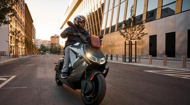 BMW resmi luncurkan skuter listrik CE 04