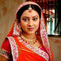 Pratyusha Banerjee (via NDTV Movies)