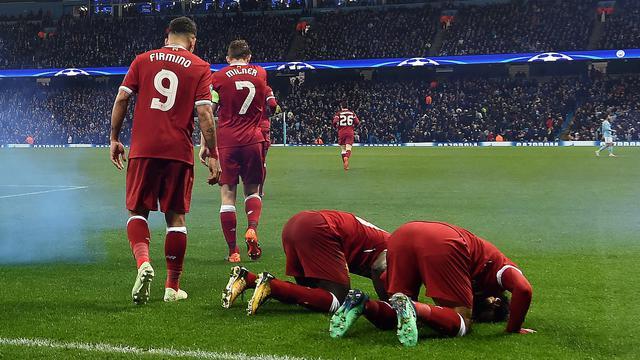 Sujud Syukur Mohamed Salah Iringi Kemenangan Liverpool di Liga Champions