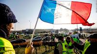 Demo kenaikan harga BBM di Prancis (17/11) (AP PHOTO)