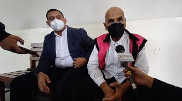 Mark Sungkar bersiap menjalani kasus korupsi di Pengadilan Negeri Jakarta Pusat