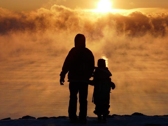 Berada Jauh Di Perantauan Rasa Rinduku Pada Ayah Jadi Sumber