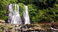 Kampung Anyar, jadi tempat terbaik untuk menikmati pesona air terjun di Banyuwangi.